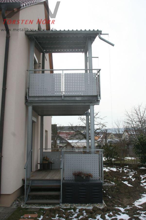 balkon mit dach torsten n rr schlosserei metallbau. Black Bedroom Furniture Sets. Home Design Ideas